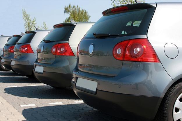 Resort gospodarki proponuje, by nowy podatek był płatny jednorazowo przy pierwszej rejestracji auta /© Panthermedia