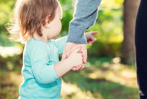 Resort rodziny proponuje radykalną zmianę podejścia do osób niepłacących na swoje potomstwo /©123RF/PICSEL
