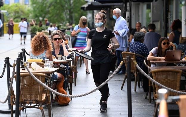 Restauracja w Londynie / ANDY RAIN    /PAP/EPA