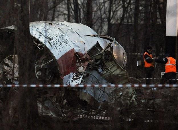 Resztki prezydenckiego Tu-154, który rozbił się pod Smoleńskiem /AFP