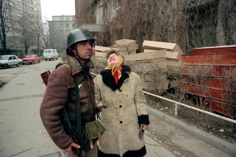 Rewolucja w Rumunii w 1989 roku dała kres rządom Ceauşescu /JOEL ROBINE /AFP