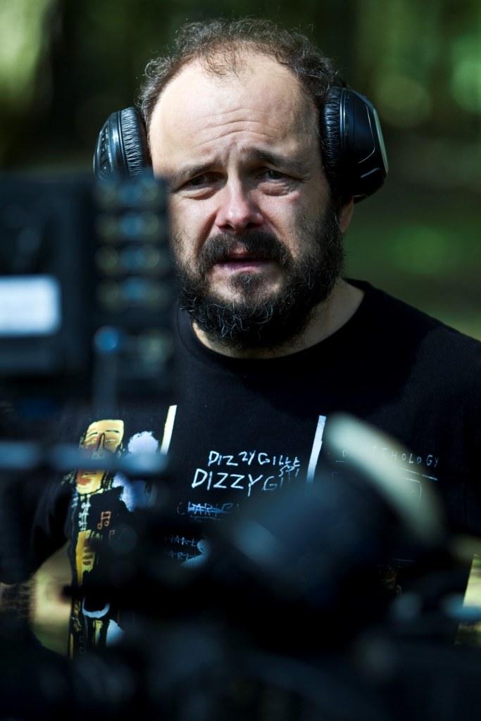 Reżeser- Arkadiusz jakubik na planie swojego filmu /materiały dystrybutora