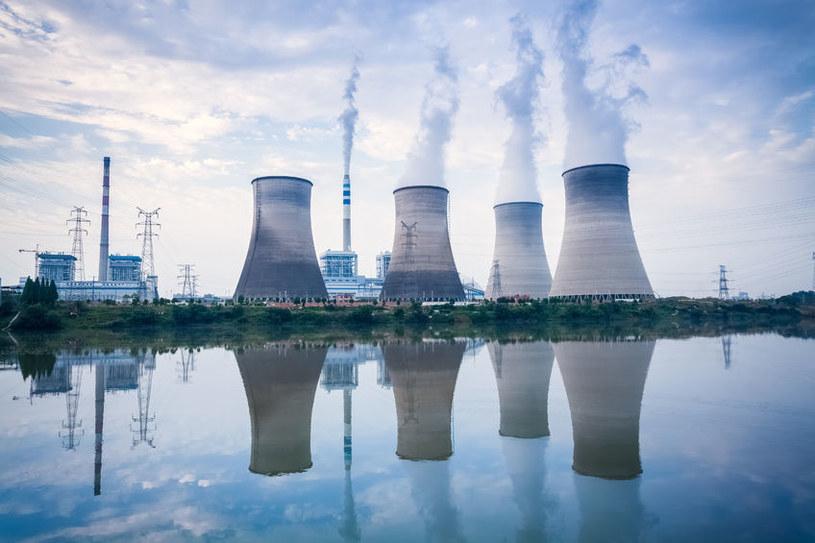 Rezygnacja z paliw kopalnych potrwa krócej niż poprzednie rewolucje energetyczne /123RF/PICSEL