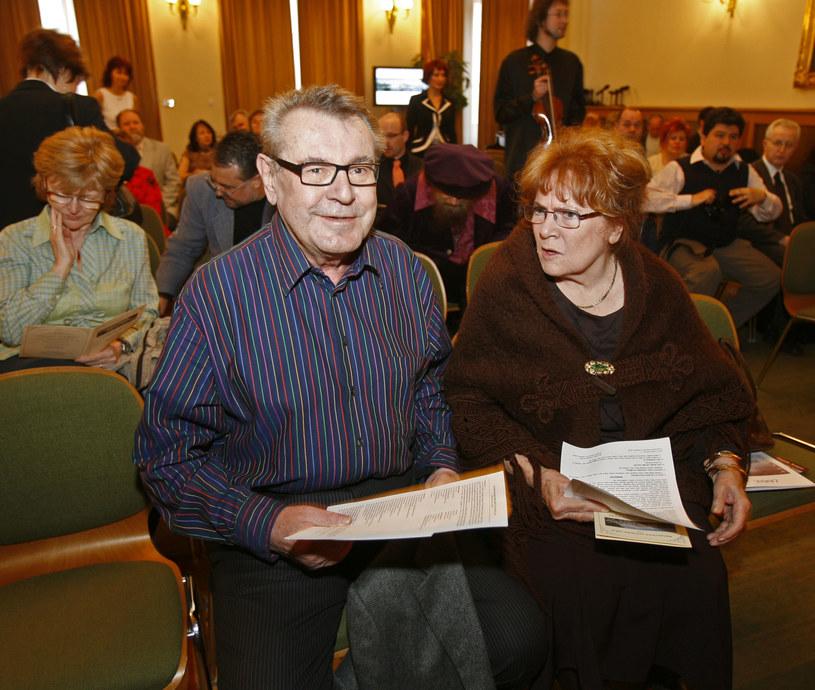 Reżyser filmowy Milos Forman i aktorka Vlasta Chramostova w 2007 roku w Pradze /Agencja FORUM