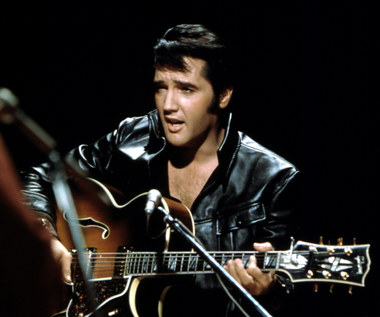 "Reżyser ""Moulin Rogue"" nakręci biografię Elvisa Presleya. Kto zagra główną rolę?"