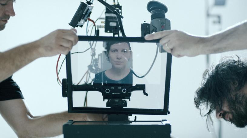 Reżyserka Adine Pintilie pojawia się także na ekranie /materiały dystrybutora