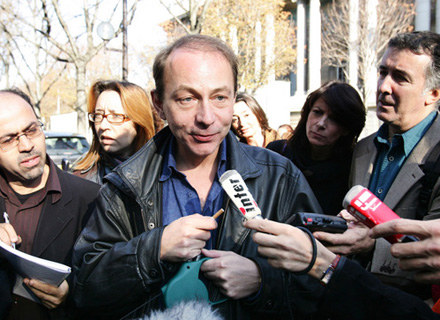 Reżyserski debiut francuskiego pisarza Michela Houellebecqa został okrzyknięty klapą sezonu. /AFP