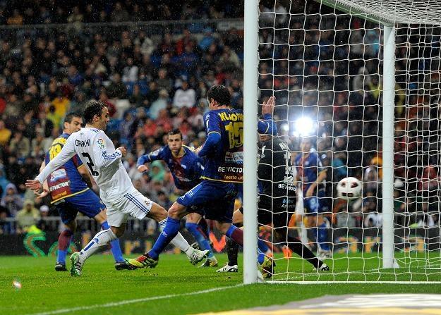 Ricardo Carvalho ustalił wynik spotkania Real Madryt - Levante (2-0) /AFP
