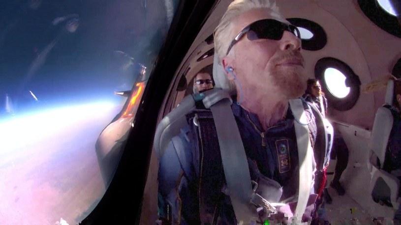 Richard Branson o mało nie zginął podczas swojego pierwszego lotu w kosmos /Geekweek