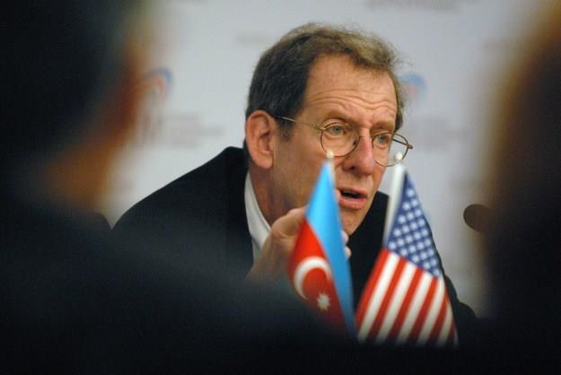 Richard Morningstar, b. ambasador USA w Unii Europejskiej /AFP