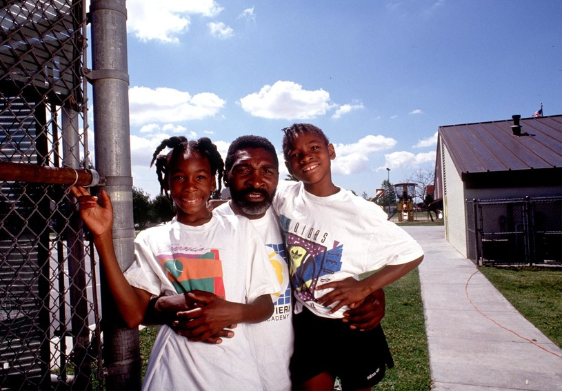 Richard Williams (C) w 1991 roku z córkami: Venus (L) i Sereną (P) /Paul Harris/Online USA /Getty Images