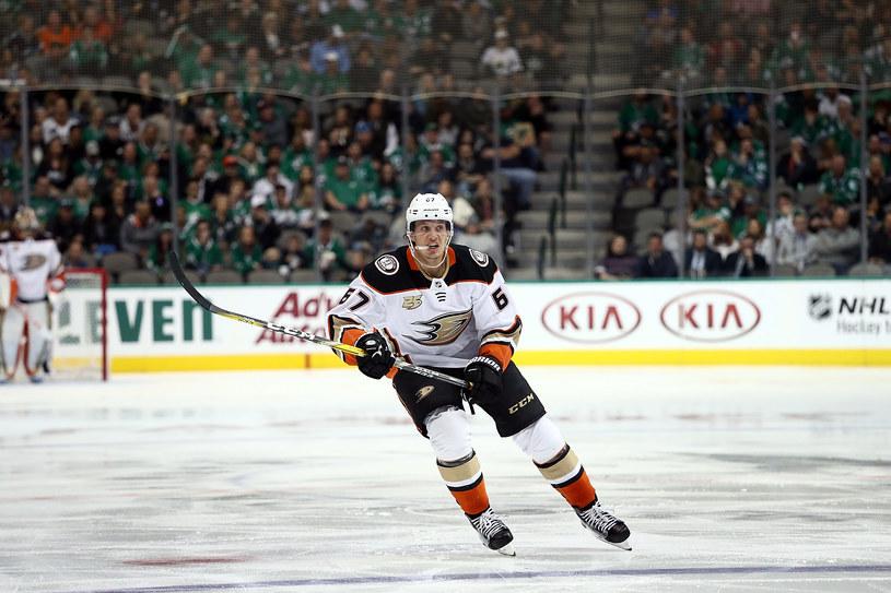 Rickard Rakell z Anaheim Ducks /Ronald Martinez /Getty Images