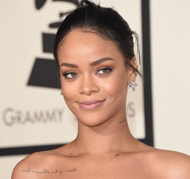 Rihanna bawi się i pracuje (fot. Jason Merritt) /Getty Images