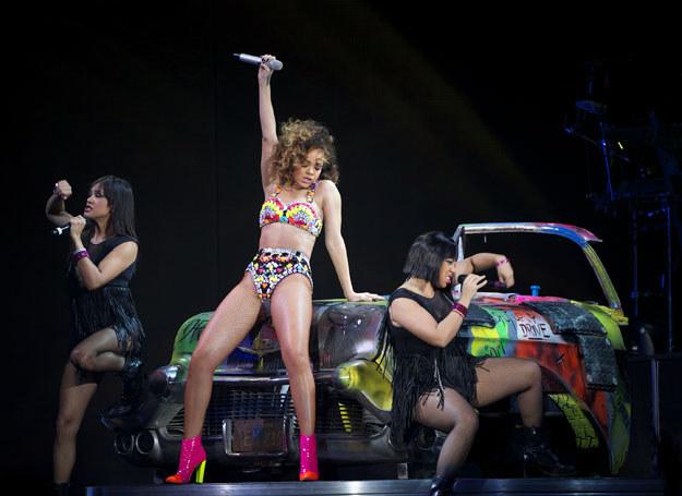 Rihanna chce się teraz dobrze bawić  /Getty Images/Flash Press Media
