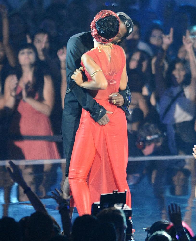 Rihanna i ASAP Rocky na scenie /Jason LaVeris /Getty Images