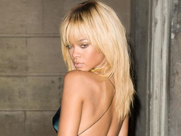 """Rihanna """"im bardziej naga, tym lepiej się czuje"""" fot. Samir Hussein /Getty Images/Flash Press Media"""