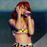 Rihanna królową Facebooka
