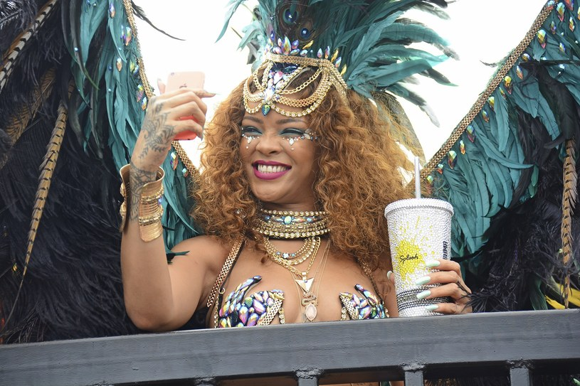 Rihanna podczas Festiwalu na Barbadosie /East News