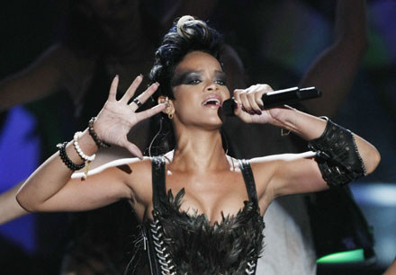 Rihanna podczas MTV VMA 2008 fot. Kevin Winter /Getty Images/Flash Press Media