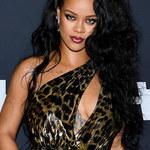Rihanna pręży się w bieliźnie swojego projektu