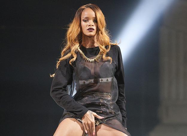 Rihanna słynie z kontrowersji - fot. Mike Lawrie /Getty Images/Flash Press Media
