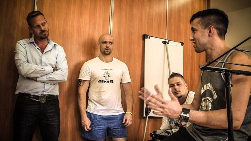 Rinke Rooyens z członkami zespołu Sektor H /Polsat /materiały prasowe