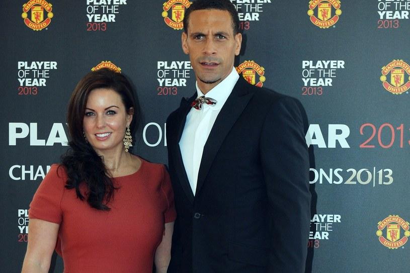 Rio Ferdinand z żoną Robeccą /AFP