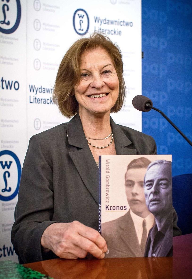 Rita Gombrowicz prezentuje książkę /AFP