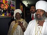 Rita Marley, burmistrz Addis Abeby Akebe Oqubay i głowa etiopskiego kościoła ortodoksyjnego Abuna Pa /AFP