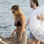 Rita Ora w za małym bikini. Pokazała za dużo!