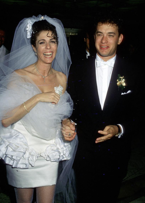 Rita Wilson i Tom Hanks w dniu ślubu w Los Angeles (30 kwietnia 1988) /Jim Smeal/Ron Galella Collection /Getty Images