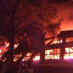 """RMF24: Pożar w hali w Twardogórze. """"Dach zwinął się do środka"""""""