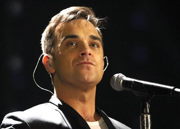 Robbie Williams podczas prób przed Brit Awards 2010 - fot. Dave Hogan /Getty Images/Flash Press Media