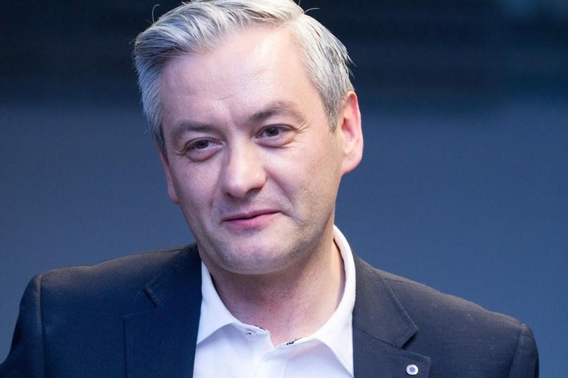 Robert Biedroń może skorzystać na tych kłopotach /Monika Nowaki /East News