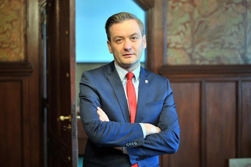 Robert Biedroń skrytykował referendum w sprawie JOW-ów /Marcin Gadomski /East News