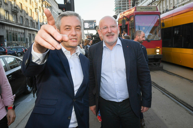 Robert Biedroń z kandydatem socjalistów na szefa KE - Fransem Timmermansem /Jacek Domiński /Reporter