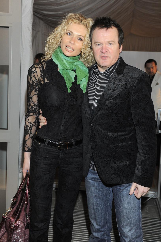 Robert Chojnacki z ukochaną w 2010 roku /Tricolors /East News