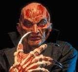 Robert Englund jako Freddy Krueger /