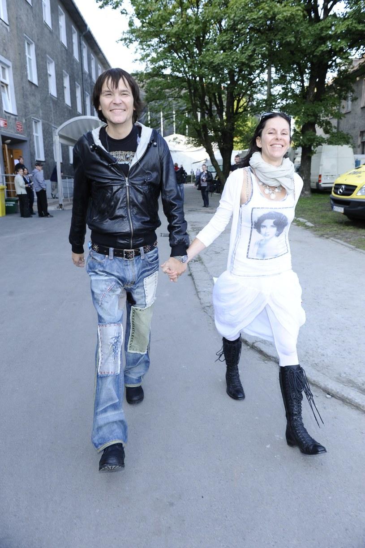 Robert Gawliński z żoną /Jarosław Antoniak /MWMedia
