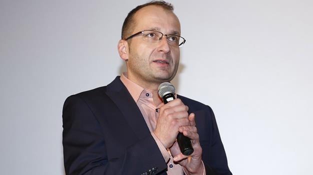 """Robert Górski zagrał we """"Wkręconych 2"""", a podczas premiery filmu był konferansjerem /fot. Baranowski /AKPA"""