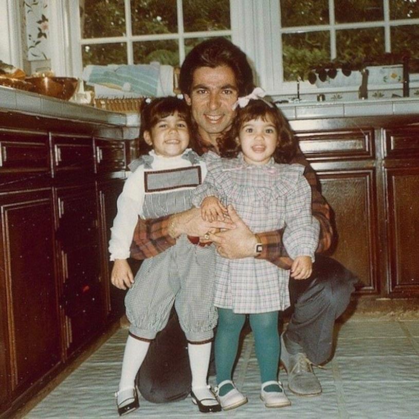 Robert Kardashian z córkami: Kourtney i Kim, fot. Instagram / BEEM/Beem /East News