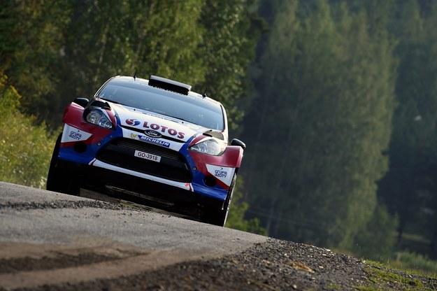 Robert Kubica dziewiąty w Finlandii, prowadzi Latvala
