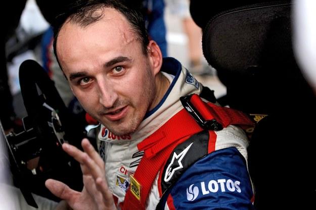 Robert Kubica podpisał umowę z zespołem M-Sport /ANDRE LAVADINHO /PAP/EPA