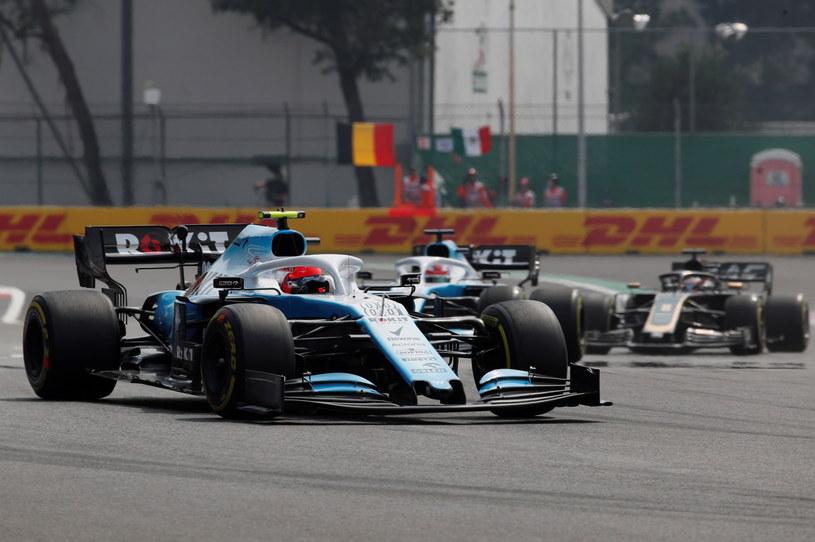 Robert Kubica w bolidzie Williamsa /PAP/EPA