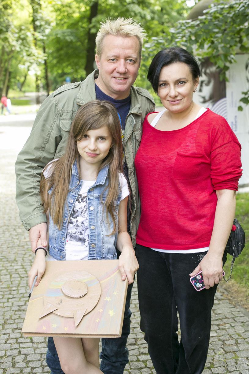 Robert Leszczyński i Alicja Borkowska z córką Vesną /Baranowski /AKPA