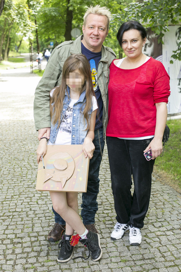 Robert Leszczyński i Alicja Borkowska z córką /Baranowski /AKPA