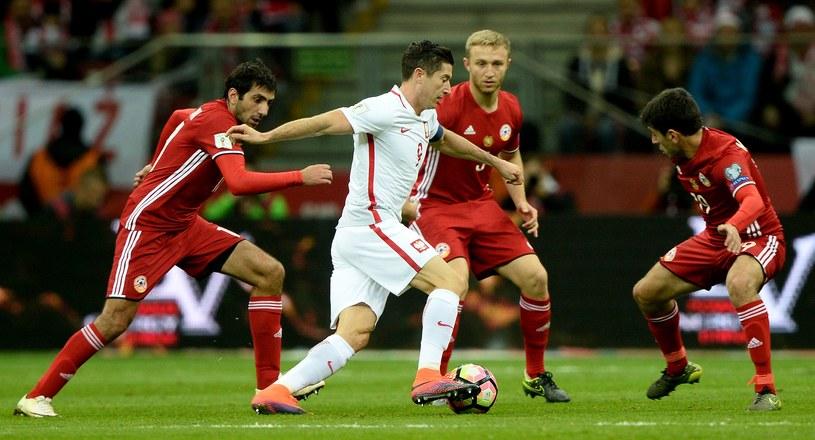 Robert Lewandowski był najlepszym zawodnikiem meczu /AFP