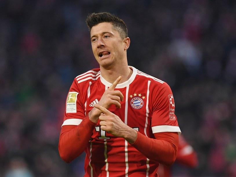 Robert Lewandowski cieszy się z gola dla Bayernu /PAP/EPA