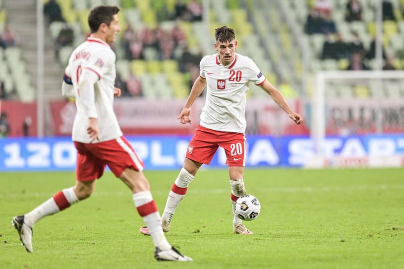 Robert Lewandowski i Jakub Moder w meczu Polska - Włochy /Fot. Mateusz Słodkowski /Newspix