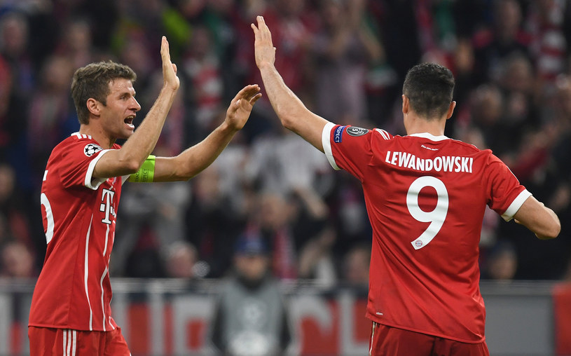 Robert Lewandowski i Thomas Mueller /AFP